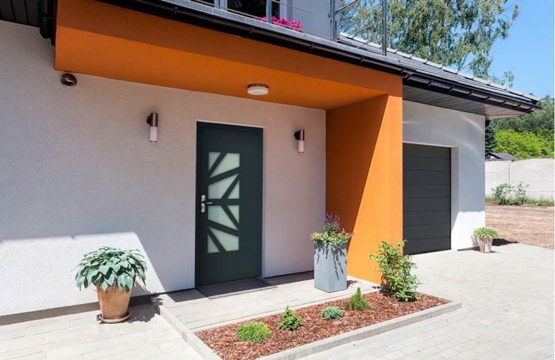 Puertas de seguridad para chalets y viviendas unifamiliares en Pamplona